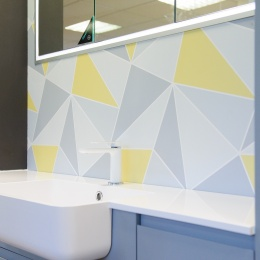 Calypso with recessed mirrored cabinet