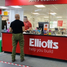 Elliotts Ringwood - sales counter social distancing